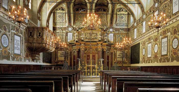 http://www.casalebraica.info/wp-content/uploads/2011/04/SinagogaOK.jpg